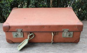 suitcase, vintage, rustic, boho, melbourne, ceremony, wedding hire,event, prop