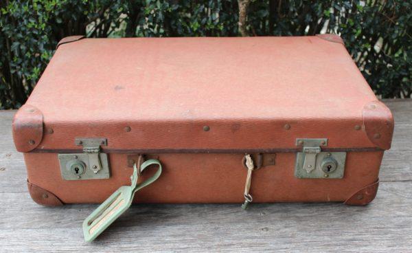 suitcase, vintage, rustic, boho, melbourne, ceremony, wedding hire,event, prop