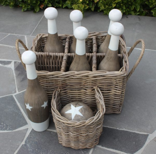 lawn games, vintage, rustic, boho, melbourne, ceremony, wedding hire,event, prop, skittles, bowling