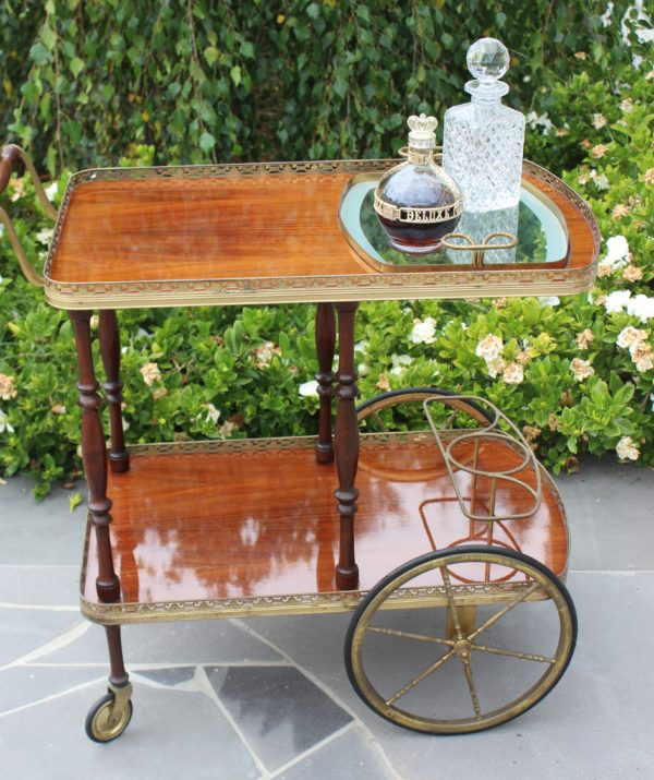 drinks cart, vintage, rustic, boho, melbourne, ceremony, wedding hire,event, prop