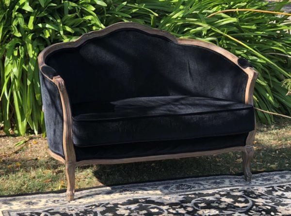 antique lounge, armchair, vintage, rustic, boho, melbourne, ceremony, wedding hire,event, prop, provincial, black, velvet