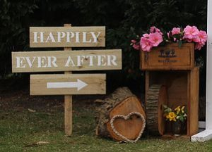 signage, wooden, vintage, rustic, boho, melbourne, ceremony, wedding hire,event, prop