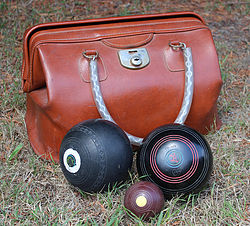 lawn games, vintage, rustic, boho, melbourne, ceremony, wedding hire,event, prop, lawn bowls