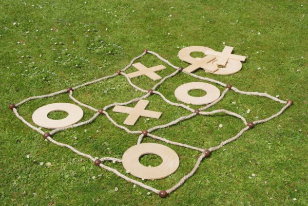 lawn games, vintage, rustic, boho, melbourne, ceremony, wedding hire,event, prop, noughts and crosses