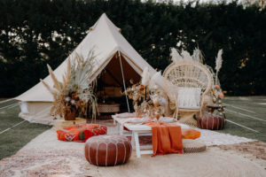 bell tent, boho, picnic, glamping, melbourne, event hire, party hire, event, wedding, hens party